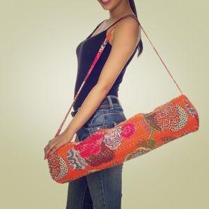 Kantha zippered yoga mat bag